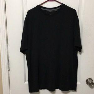 Liz Claiborne Black t-shirt
